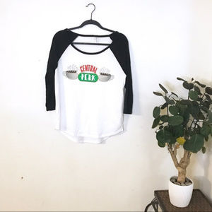 Tops - NWOT Central Perk Friends Baseball Tee Size M